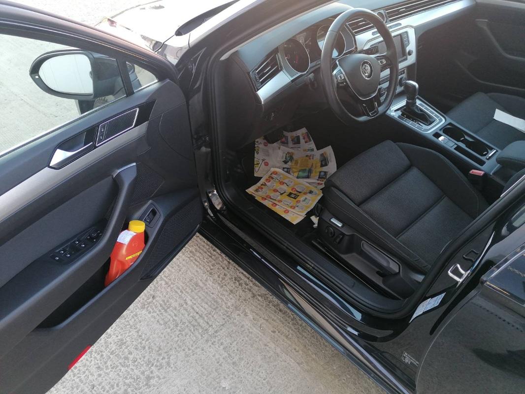 VW Passat 1.6TDI DSG 2015. godina